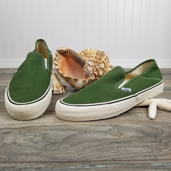 Vans Other - Vans slip on canvas sneakers Men's Sz 11 NWOB